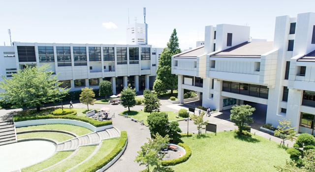 商科 大学 高等 学校 横浜